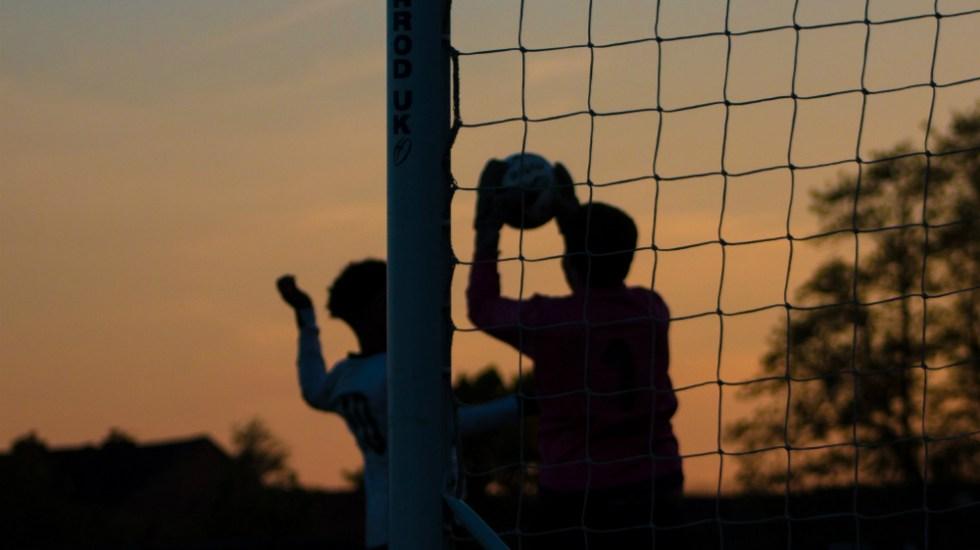 Gol marcado tras una mano involuntaria será invalidado: IFAB - Foto de Unsplash