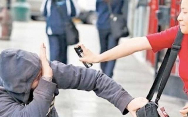 Morena propone que mujeres usen inmovilizadores y gas pimienta para defensa - Foto de Enlace Noticias