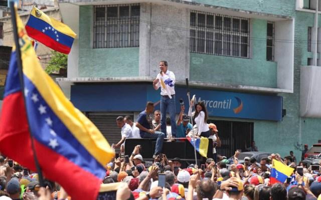 Guaidó recorre Venezuela para animar 'Operación Libertad' - Guaidó recorriendo Venezuela. Foto de @jguaido