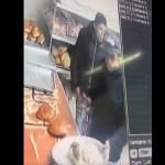 #Video 'Clientes' asaltan en panadería de Coacalco - Ladrones en panadería de Coacalco. Captura de pantalla