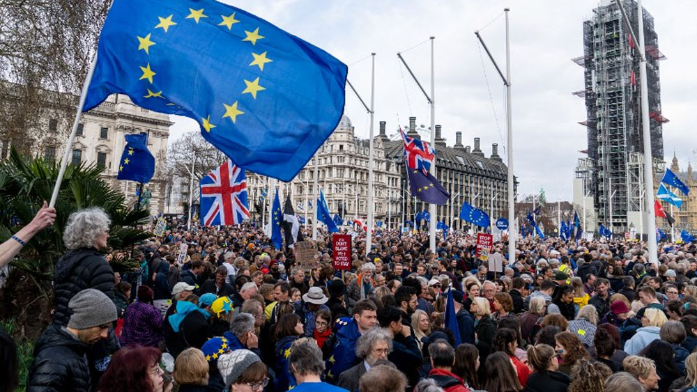Británicos marchan por rechazo a Brexit y piden nuevo referéndum - Marcha contra el Brexit