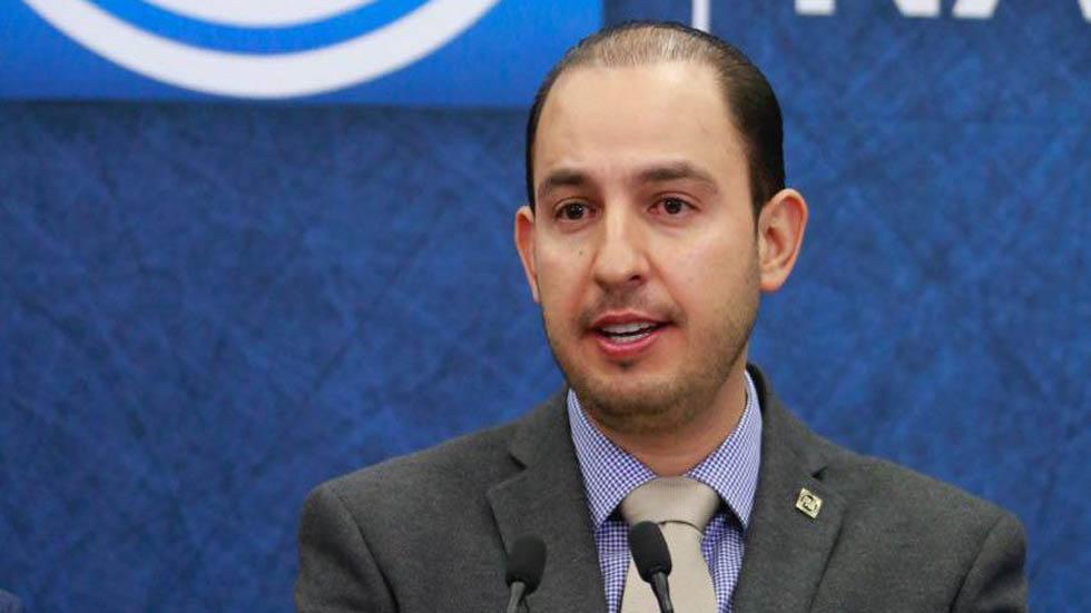 PAN pide a AMLO respuestas por cancelación de NAIM y recorte a estancias - Marko Cortés. Foto del PAN