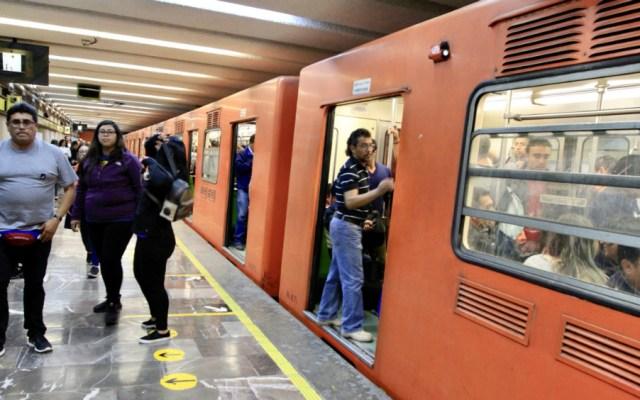 Normalizan servicio en Línea 8 del Metro tras falla en neumático de tren - Metro CDMX
