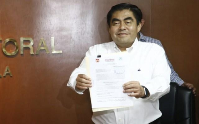 Miguel Barbosa se registró como candidato a gubernatura de Puebla - Foto de @MBarbosaMX