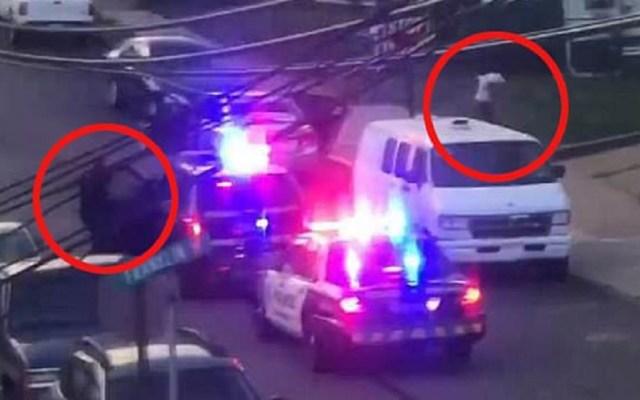 #Video Revelan homicidio de joven negro a manos de policía blanco - Momento en que el oficial Rosfeld dispara a Antwon Rose II. Captura de pantalla