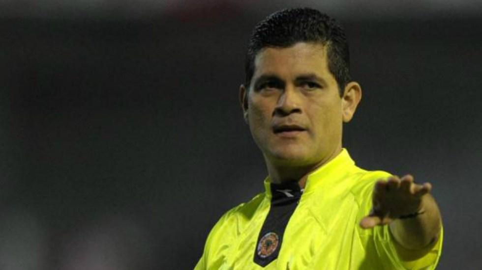 Ex árbitros de futbol colombiano señalan a Óscar Julián Ruiz de acoso sexual - Foto de Vanguardia Liberal