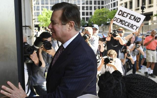 Sentencian a Paul Manafort, ex director de campaña de Trump - En esta foto de archivo tomada el 15 de junio de 2018, Paul Manafort llega a una audiencia en el Tribunal de Distrito de Estados Unidos. Foto de Mandel Ngan/AFP