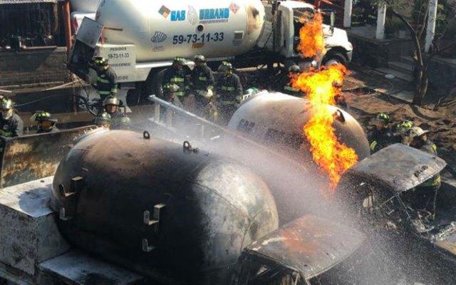 Procuraduría capitalina investiga explosión de pipas en Milpa Alta - Captura de pantalla