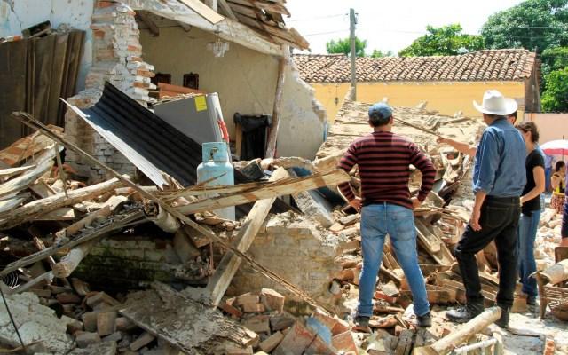 Investigan presunto fraude en reconstrucción de escuelas en Oaxaca - Fotografía de un edificio colapsado por los sismos de septiembre de 2017 en Oaxaca. Foto de Quadratín