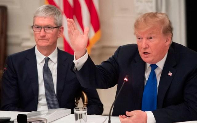 "Trump explica por qué llamó ""Tim Apple"" a Tim Cook - Foto de AFP"