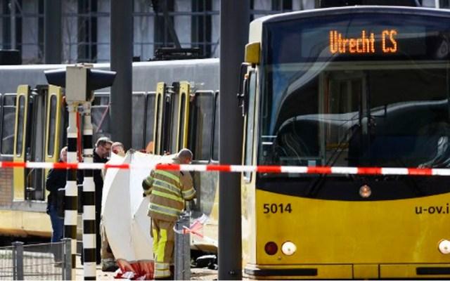 Al menos tres muertos por tiroteo en tranvía de Holanda - Foto de AFP