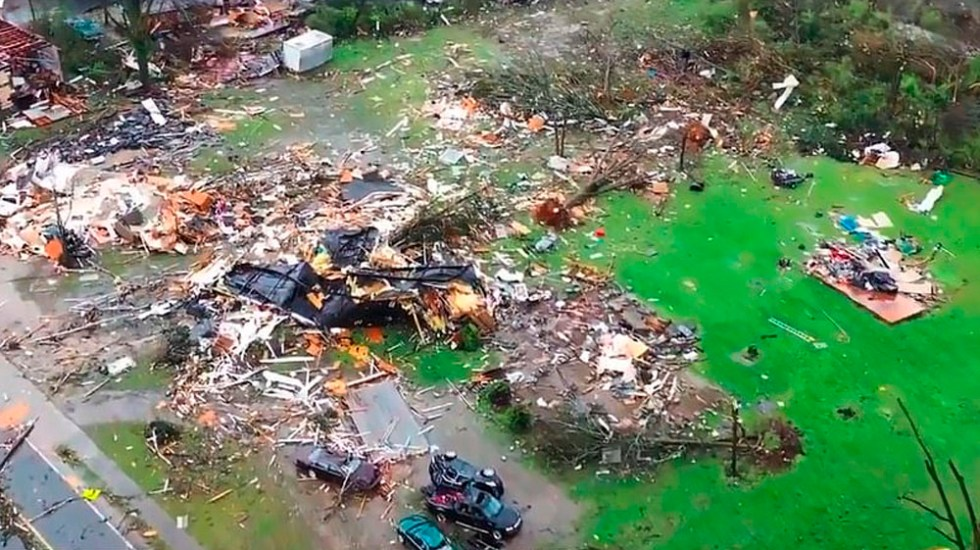 Tornados dejan al menos 23 muertos en EE.UU. - Foto de Weather Nation