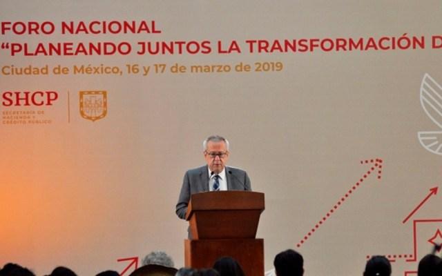 Urzúa inaugura foro de consulta sobre Plan Nacional de Desarrollo - Foto de Notimex
