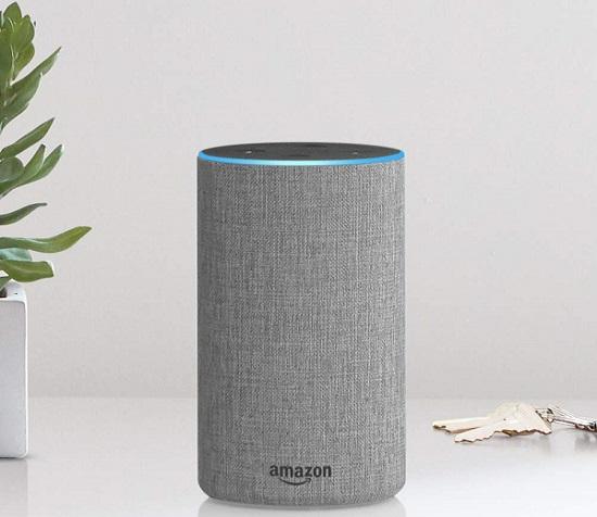 Bocina Echo para utilizar al asistente virtual Alexa. Foto de Amazon
