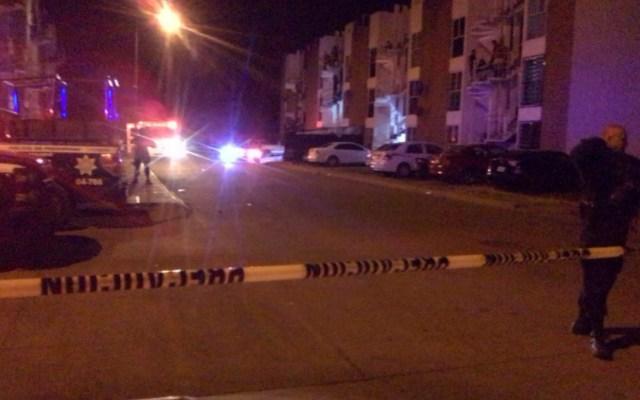 Asesinan a dos hombres y hieren a una mujer en Uruapan - asesinan acribillados en uruapan