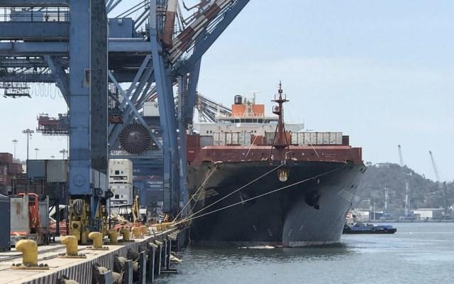 Aduanas y puertos de México estarán a cargo de Sedena y Semar - Foto de @berthareynoso