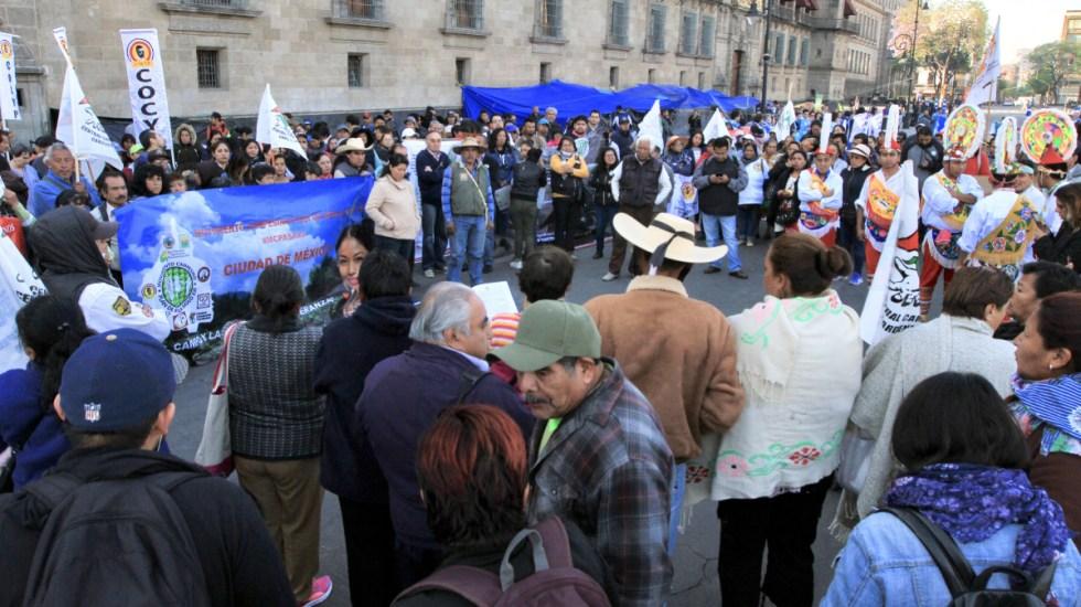 Campesinos se manifiestan en Palacio Nacional - Foto de Notimex/Javier Lira Otero