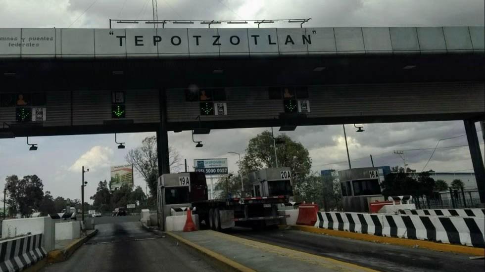 Manifestantes bloquean caseta de Tepotzotlán en la México-Querétaro - Caseta de Tepotzotlán. Foto subida a Google Maps