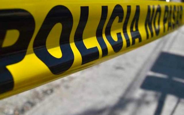 Localizan tres cuerpos maniatados en Chalco - Zona acordonada por la policía