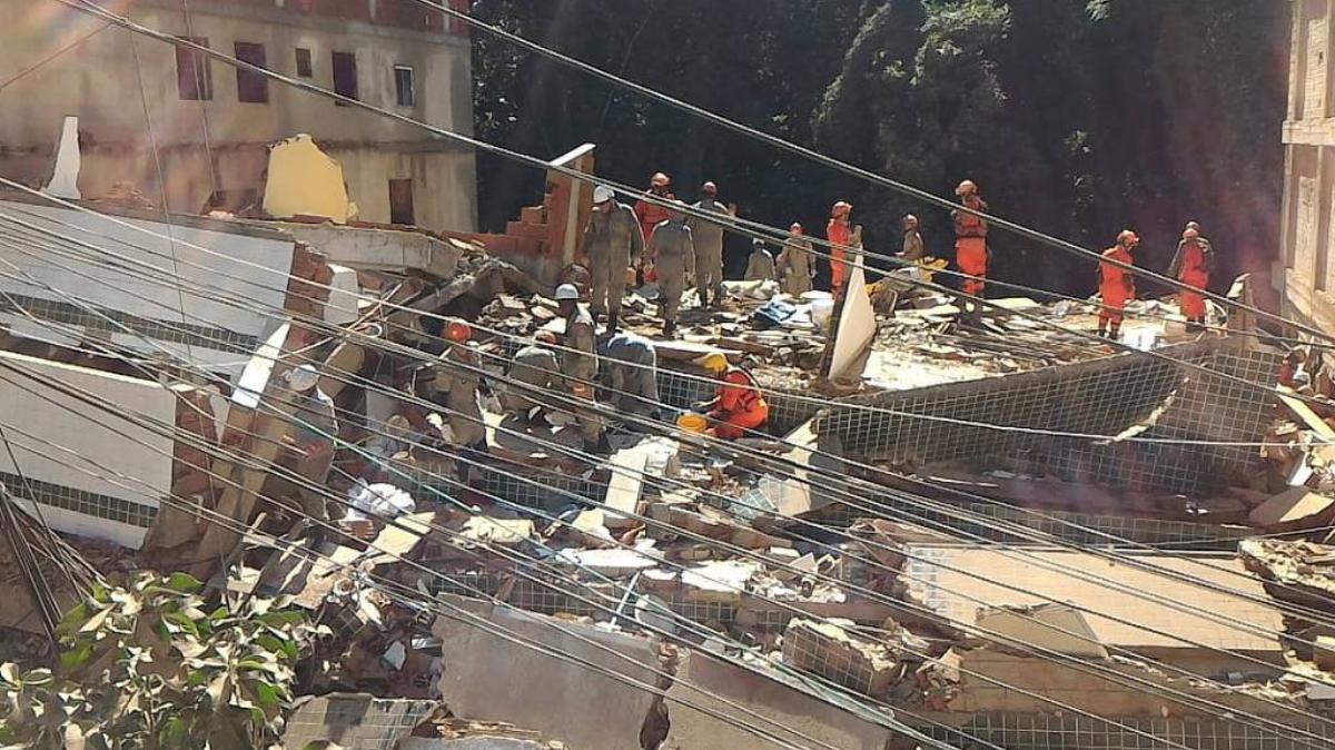 El derrumbe de dos edificios en Río de Janeiro suma nueve muertos