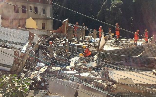 Suman 15 muertos por derrumbe de edificios en Río de Janeiro - derrumbe favela río muertos