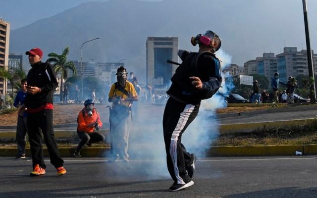 Disturbios en Venezuela tras anuncio de Guaidó - disturbios venezuela