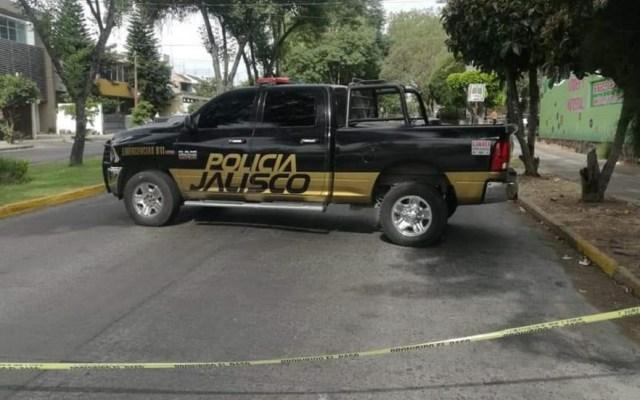 Hombre asesina a su esposa afuera de Casa Jalisco - Escena del crimen en Jalisco. Foto de @bajolalupa0