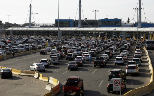 Gobierno de México envía nota diplomática a EE.UU. por retrasos en frontera - Foto de Notimex