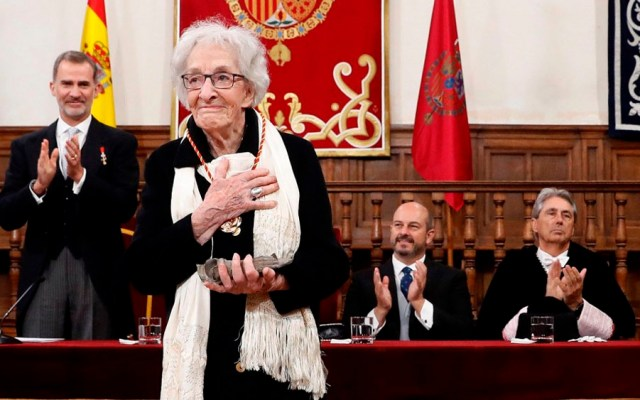 La poetisa uruguaya Ida Vitale recibe Premio Cervantes - Ida Vitale Premio Cervantes