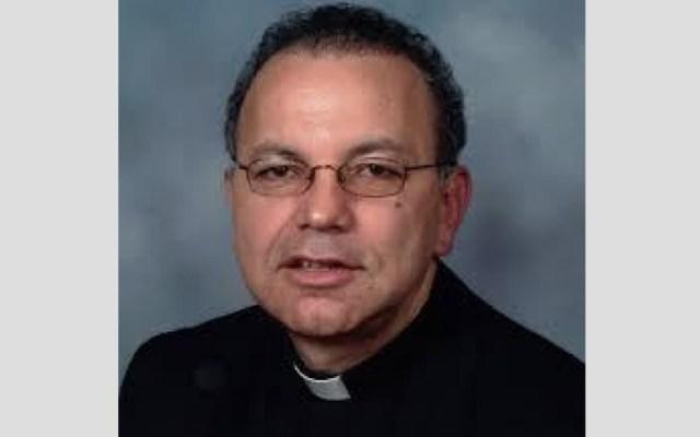 Relevan en Texas a sacerdote acusado de abuso sexual - Foto de La Opinión
