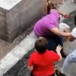 #Video Joven golpea a adulta mayor en Tlatelolco