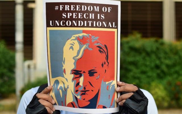 Abogados de JulianAssangepresentan demanda en España por extorsión - Foto de AFP