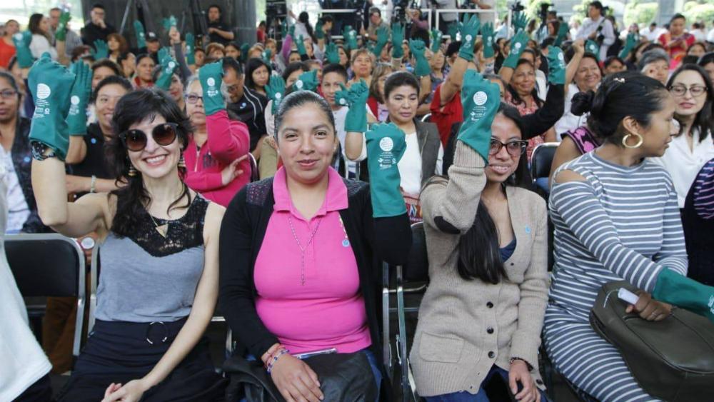 Suman 27 mil personas trabajadoras del hogar afiliadas ante el IMSS - Personas trabajadoras del hogar durante lanzamiento de afiliación al Seguro Social. Foto de IMSS / Archivo