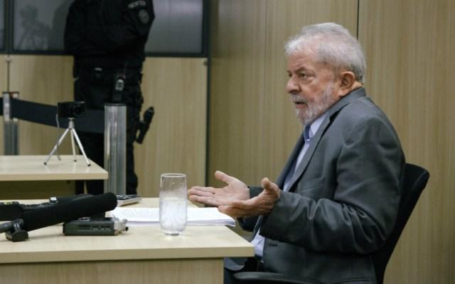 """Brasil es gobernado por una """"banda de locos"""": Lula - Foto de AFP"""