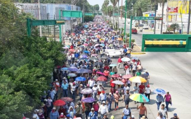 Maestros de la CNTE marchan e inician paro de 24 horas en Chiapas - Fotos de Quadratín
