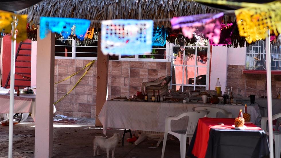 Uno tenía un bebé y aún así le dispararon: sobreviviente en Minatitlán - Foto de AFP