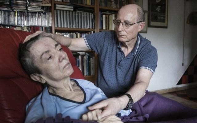Detienen a hombre que ayudó a morir a su esposa en fase terminal - Foto de El País