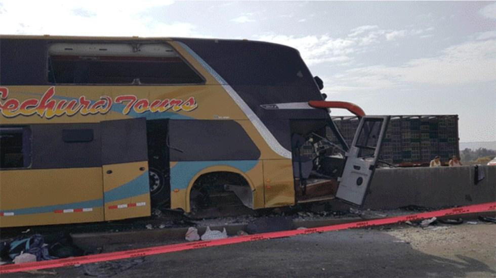 Mueren ocho personas en accidente de autobús al acudir a funeral de Alan García - Foto de Claudia G./La República