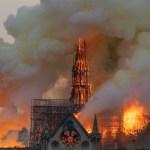Trabajadores fumaron dentro de Notre-Dame - Notre-Dame en llamas. Foto de AFP