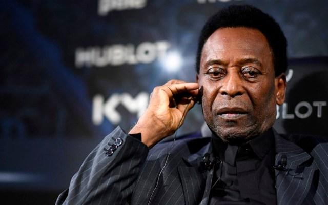 Hospitalizan a Pelé en París - Foto de AFP