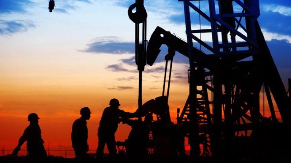 Moody's pide a Pemex plan de negocios claro y refrendado por AMLO - Petróleo. Foto de @moodyslatam