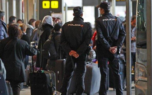 Caos en aeropuerto de España por huelga de personal de seguridad - Foto de El Informante