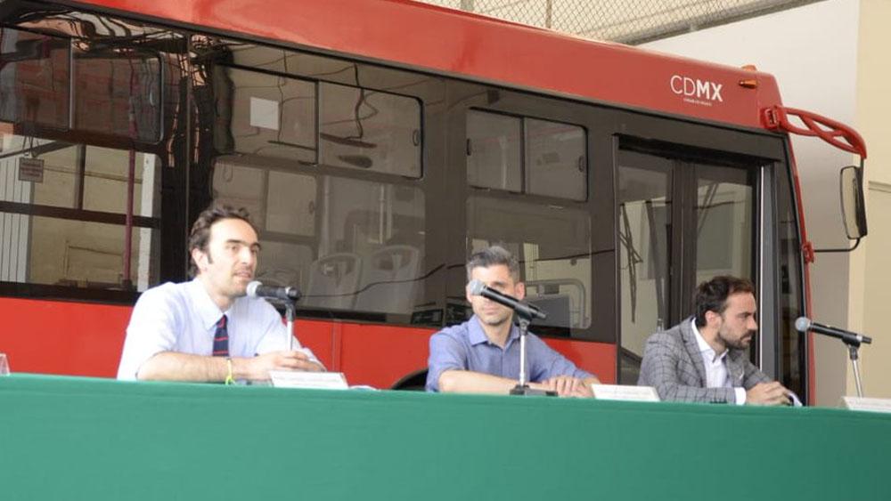 Semovi analiza retiro de concesión a operadora de Línea 2 del Metrobús - Foto de @CDMX_SEMOVI