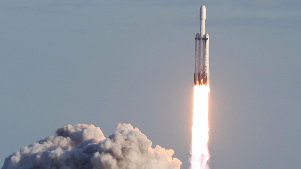 SpaceX realiza el primer lanzamiento comercial de un Falcon Heavy - Foto de AFP