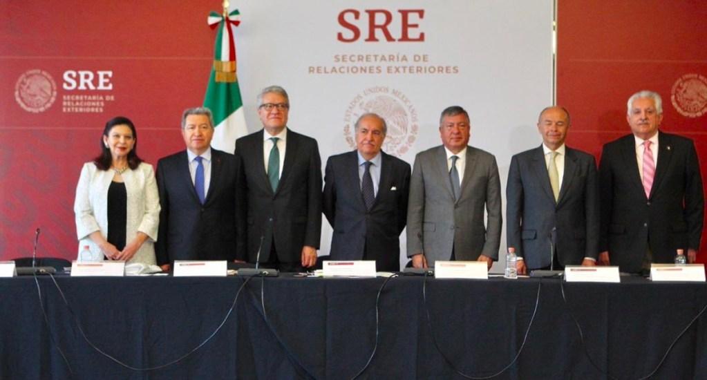 Embajadores de México piden solución pacífica en Venezuela - Foto de SRE