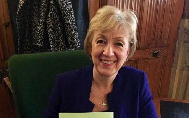 Dimite ministra británica encargada de relaciones con el Parlamento - Ministra británica, Andrea Leadsom. Foto de @andrealeadsom