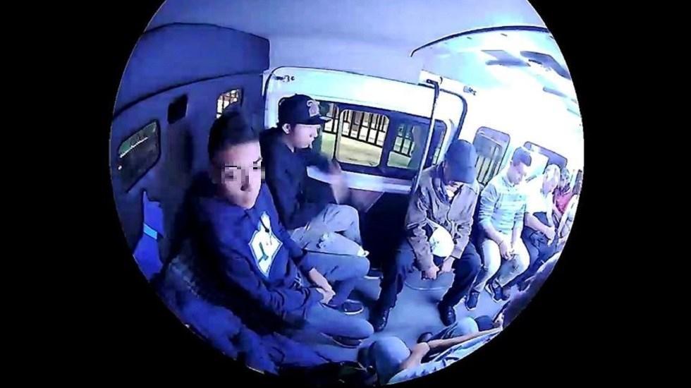 #Video Dan las buenas noches y se despiden de chofer en asalto a combi - Asalto a combi. Captura de pantalla