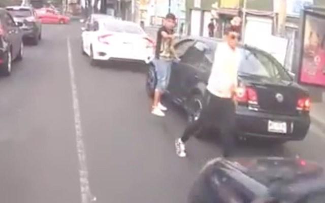#Video Asaltan a automovilista en laBenito Juárez - Captura de pantalla