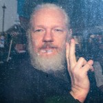 Estados Unidos imputa 17 nuevos cargos contra Julian Assange - The New York Times