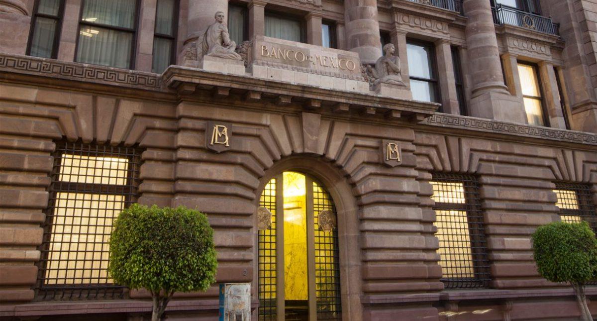 Banxico mantiene tasa de referencia en 8.25%